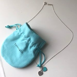 Return to Tiffany mini heart tag pendant necklace